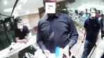 Agredido en un McDonald's por no sacarse sus lentes de realidad aumentada - Noticias de steve mann